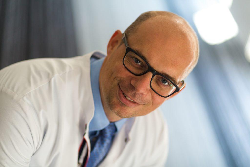 Rozmowa z ortopedą dr n. med. Szymonem Kujawiakiem