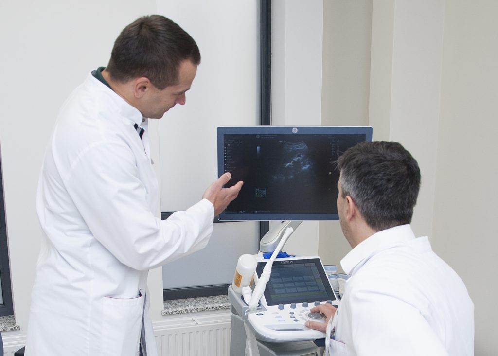 Rak prostaty. Objawy, diagnostyka, leczenie. Rozmowa z urologiem, dr Tomaszem Piernikiem